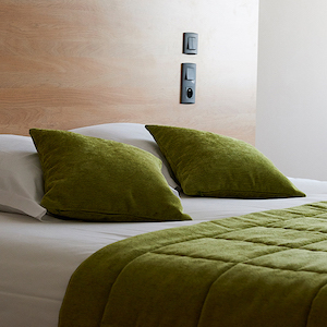 hotel-le-grand-cerf-comfort-bedroom